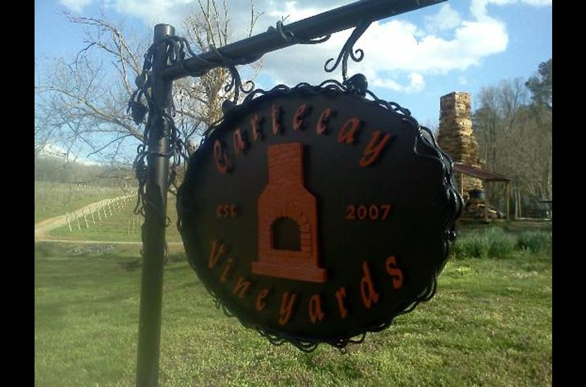 Nearby Cartecay Vineyards